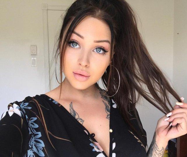 Brune Aux Yeux Bleus Photos les brunes aux yeux clair sont les plus belles femmes | fénoweb