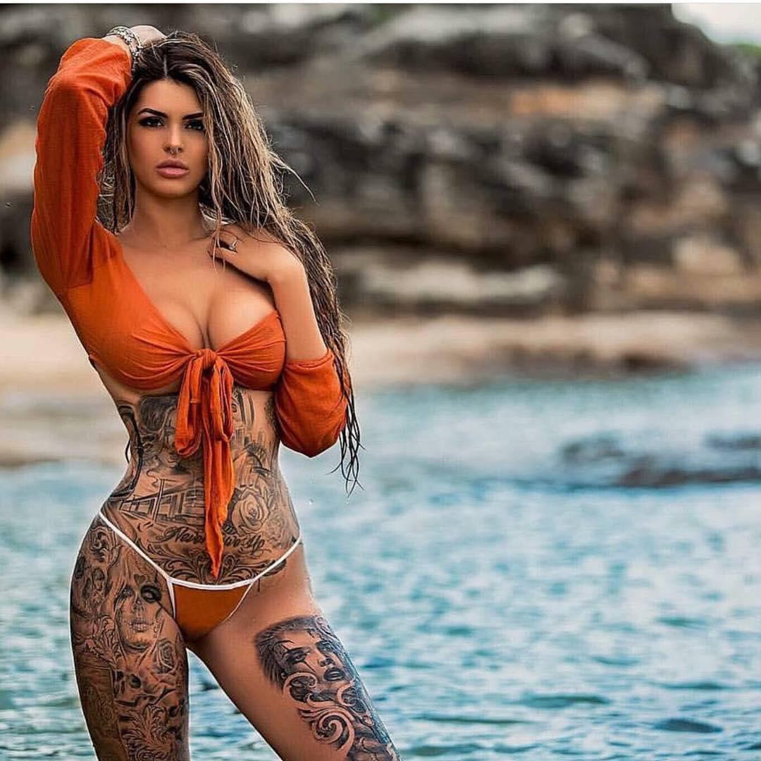 40 Femmes Tatouees Et Incroyablement Sexy 001 Fenoweb