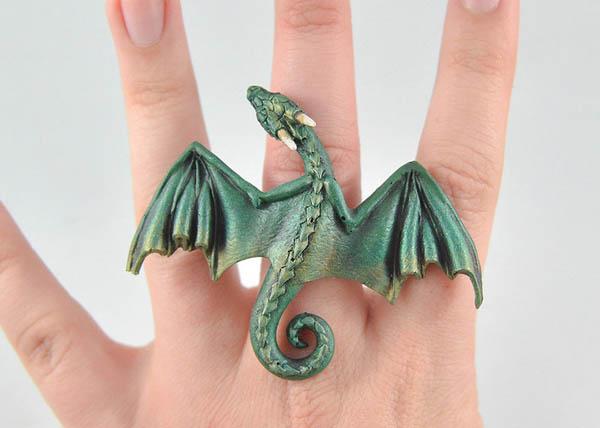 des bijoux dragon inspir s de game of thrones f noweb. Black Bedroom Furniture Sets. Home Design Ideas