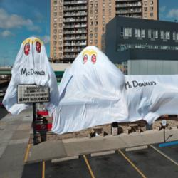 Quand Burger King troll Mc Donald's pour Halloween