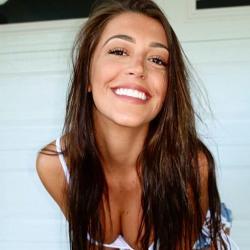 36 filles aux sourires ravageurs