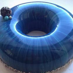 Les somptueux gâteaux miroir d'Olga Noskova