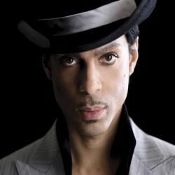 Le chanteur mythique Prince est mort à l'âge de 57 ans