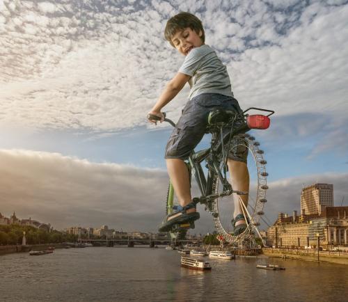 Photoshoper son enfant dans des images magnifiques