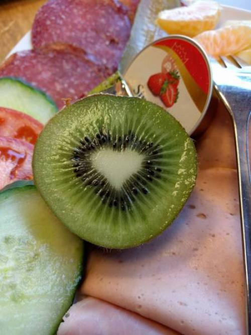 L'amour est partout autour de nous