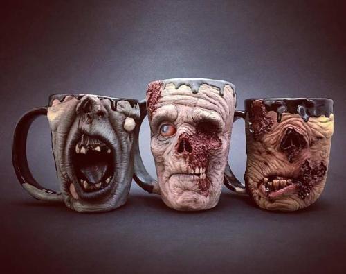 Des mugs zombies pour un pti déj écoeurant