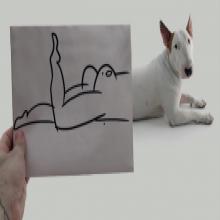 Il integre son bull-terrier dans des dessins hilarants